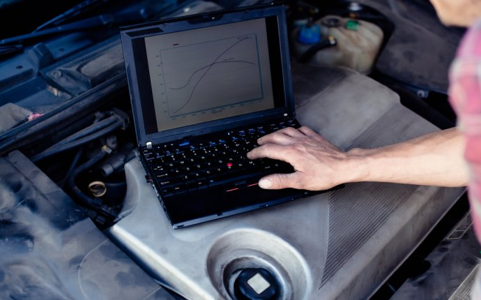 3 Smart Reasons to Have a Mechanic Run a Diagnostic Test on Your