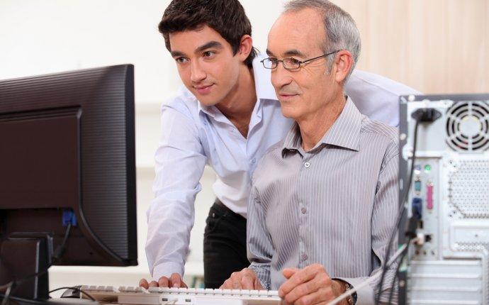 Computer Support Technicians Job, Salary, and School Information