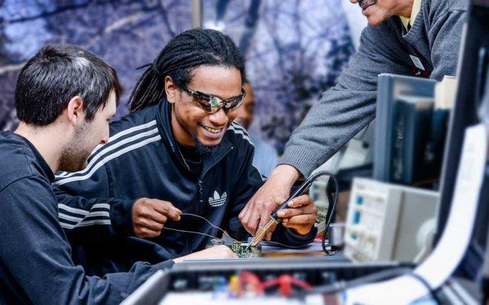 Memphis Computer Repair Technician Training   Electronics Degree